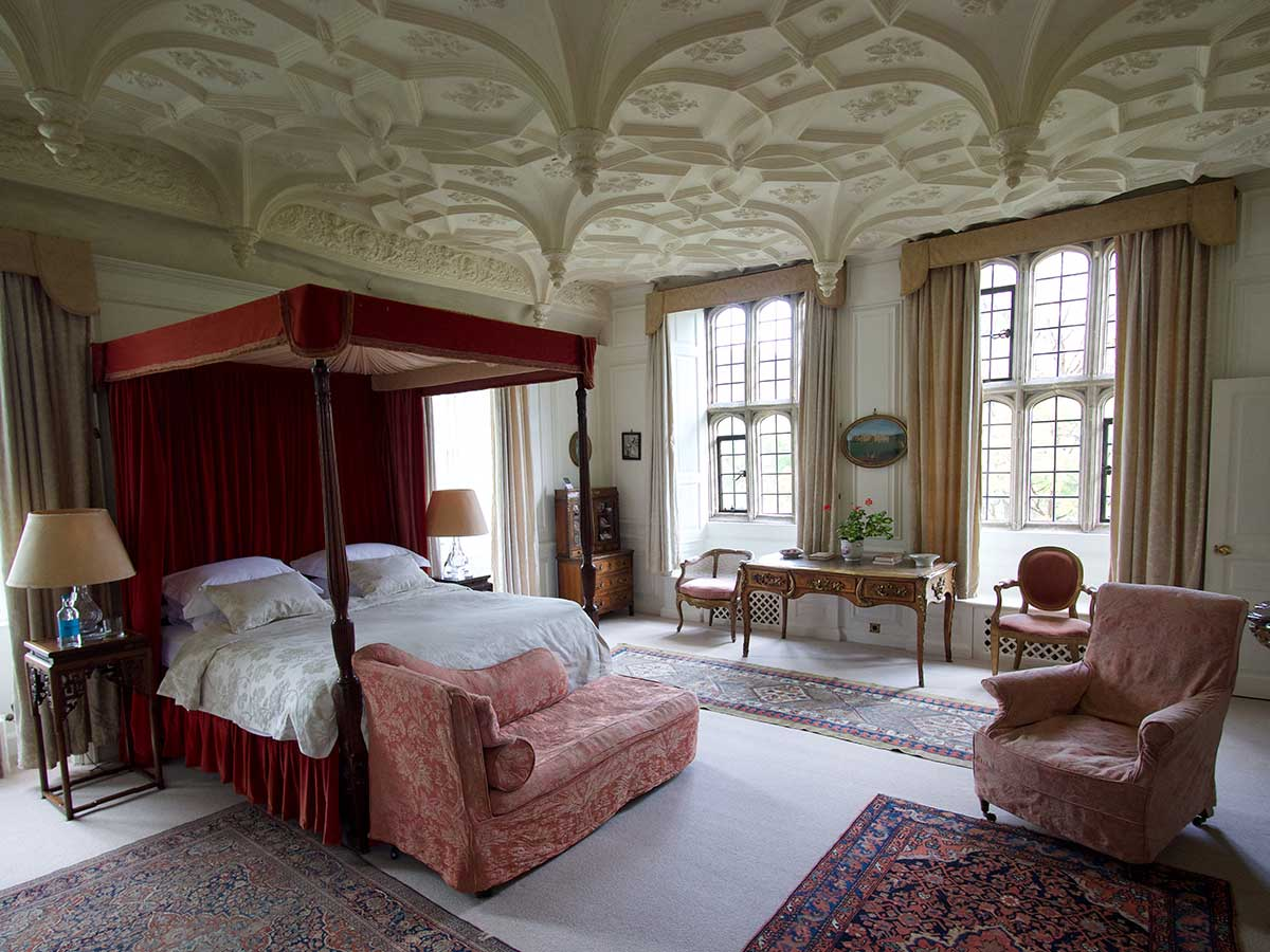 The Great Chamber bedroom at Mapperton House